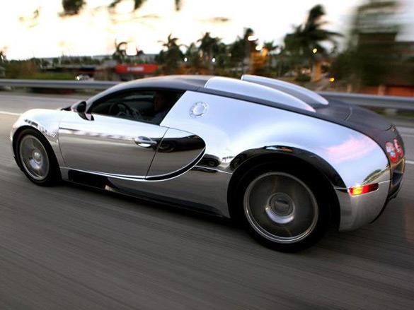 bugatti-veyron-chrome-vinyl-wrap